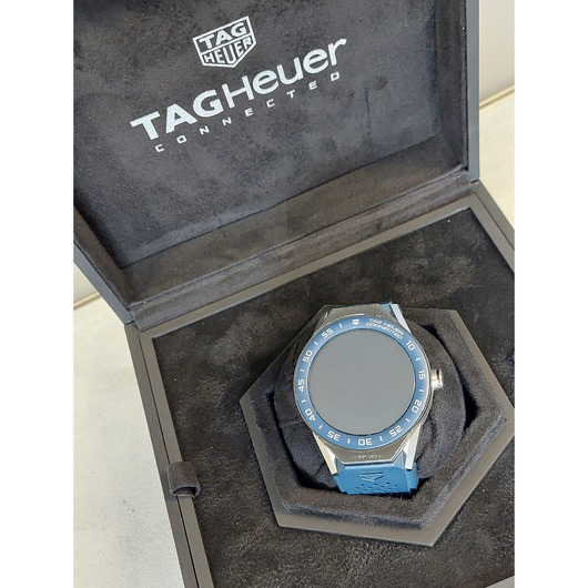Horloge TAG Heuer Connected Modular SBF8A8012.11FT6104 '54243/427-twdh'