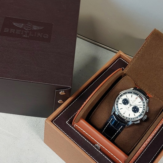 Horloge Breitling Premier B01 Chronograph 42 AB0118221G1P1 '55962-463-TWDH'