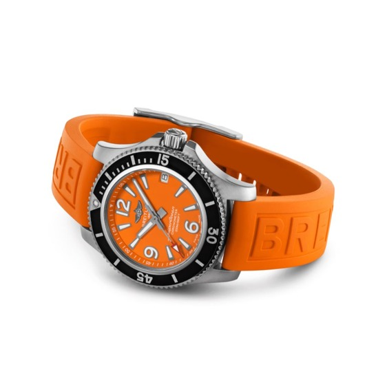 Horloge Breitling Superocean Automatic 36 Staal/Oranje rubber A17316D7101S1